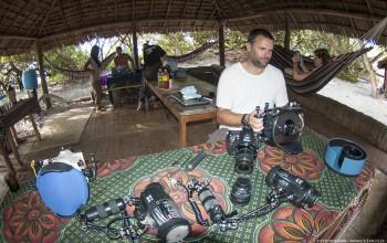 Photographers preparing equipment - Animal Ocean expeditions